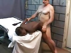 wife fucked in the theatre tube